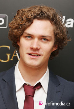 Acconciature delle star - Finn Jones