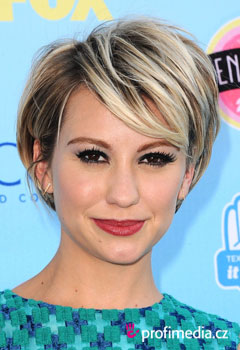 Acconciature delle star - Chelsea Kane