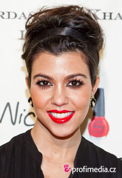 Acconciature delle star - Kourtney Kardashian