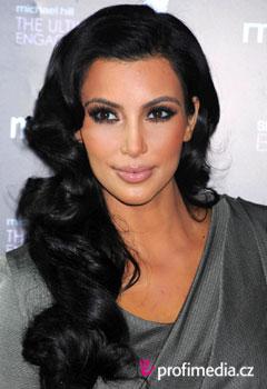 Peinados de famosas - Kim Kardashian