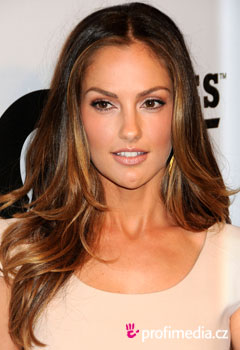 Acconciature delle star - Minka Kelly