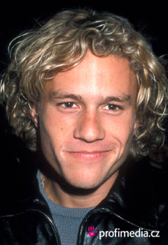 Účesy celebrit - Heath Ledger