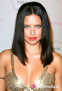 Coafurile vedetelor - Adriana Lima