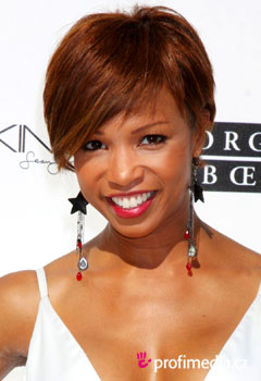 Acconciature delle star - Elise Neal