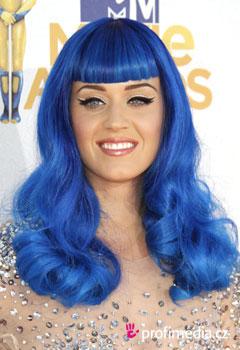 Originální účes Katy Perry a další účesy přímo z ...