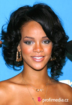 Rihanna Hairstyles Image Gallery, Long Hairstyle 2011, Hairstyle 2011, New Long Hairstyle 2011, Celebrity Long Hairstyles 2058