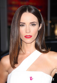 Acconciature delle star - Abigail Spencer