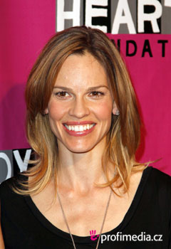 Promi-Frisuren - Hilary Swank