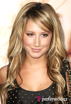 Coiffures de Stars - Ashley Tisdale