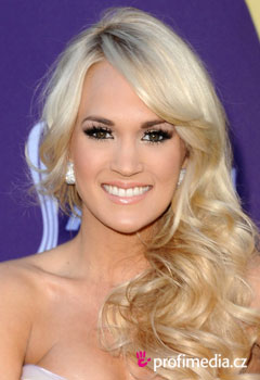 Szt�rfrizur�k - Carrie Underwood