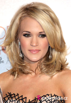 ��esy celebrit - Carrie Underwood