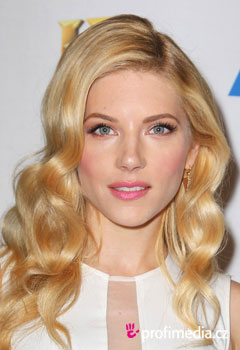 Acconciature delle star - Katheryn Winnick