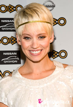 Promi-Frisuren - Kimberly Wyatt