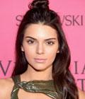 Fryzury gwiazd - Kendall Jenner
