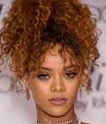 Fryzury gwiazd - Rihanna