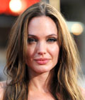 Angelina Jolie - kampaus