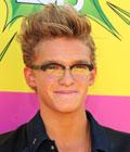 Fryzury gwiazd - Cody Simpson