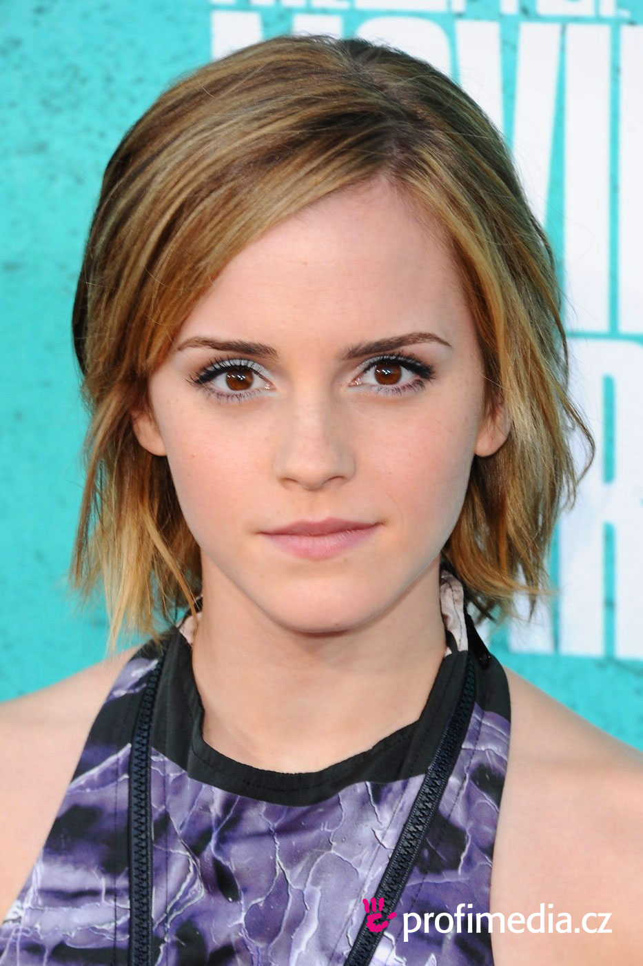 Emma Watson Short Hairstyles Pictures to pin on Pinterest