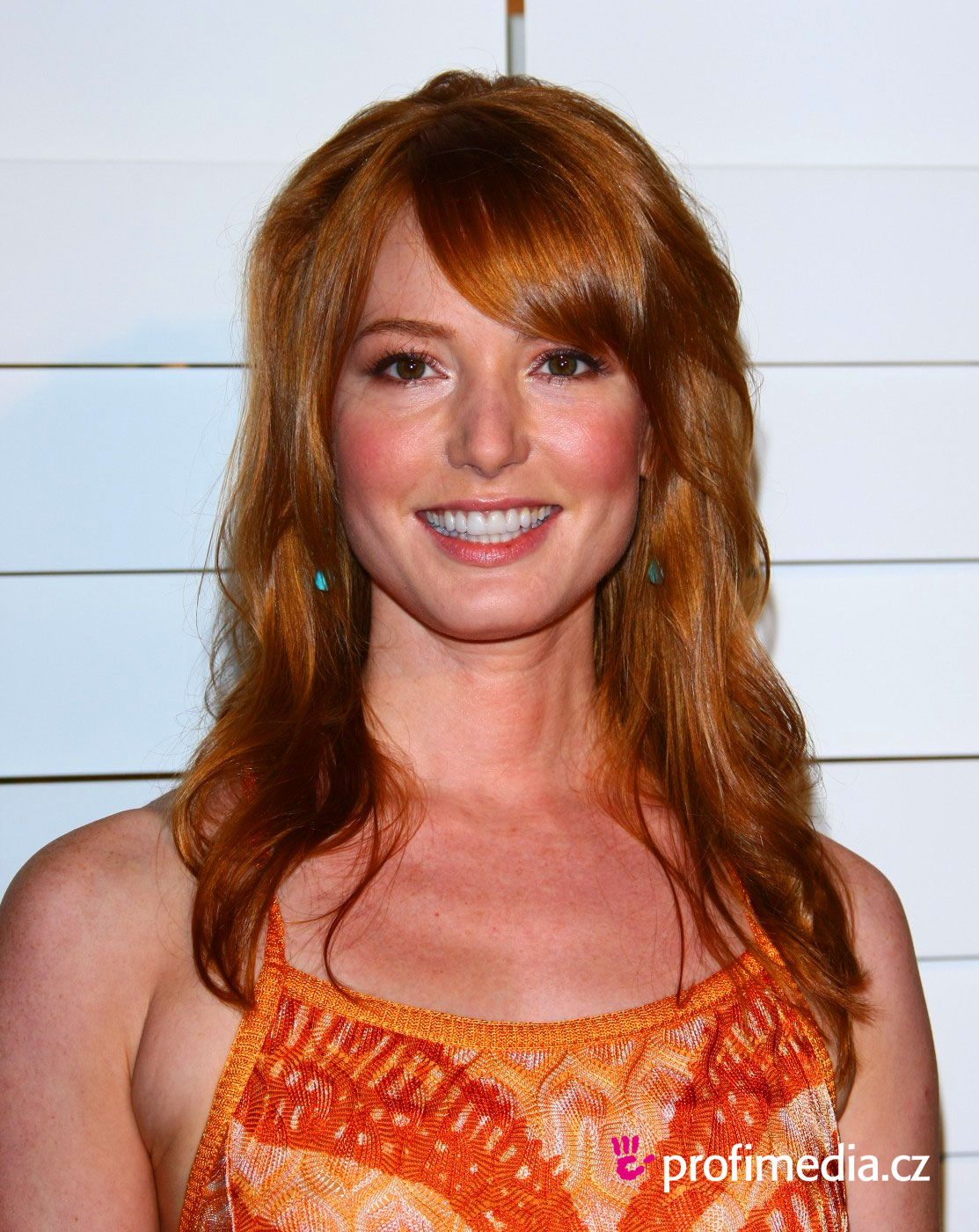 Alicia Witt Hairstyle Easyhairstyler