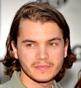 Fryzura [2440] - Emile Hirsch, włosy średnie falowane