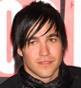 Fryzura [2899] - Pete Wentz, włosy średnie proste
