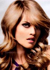 Trendowa fryzura - 60