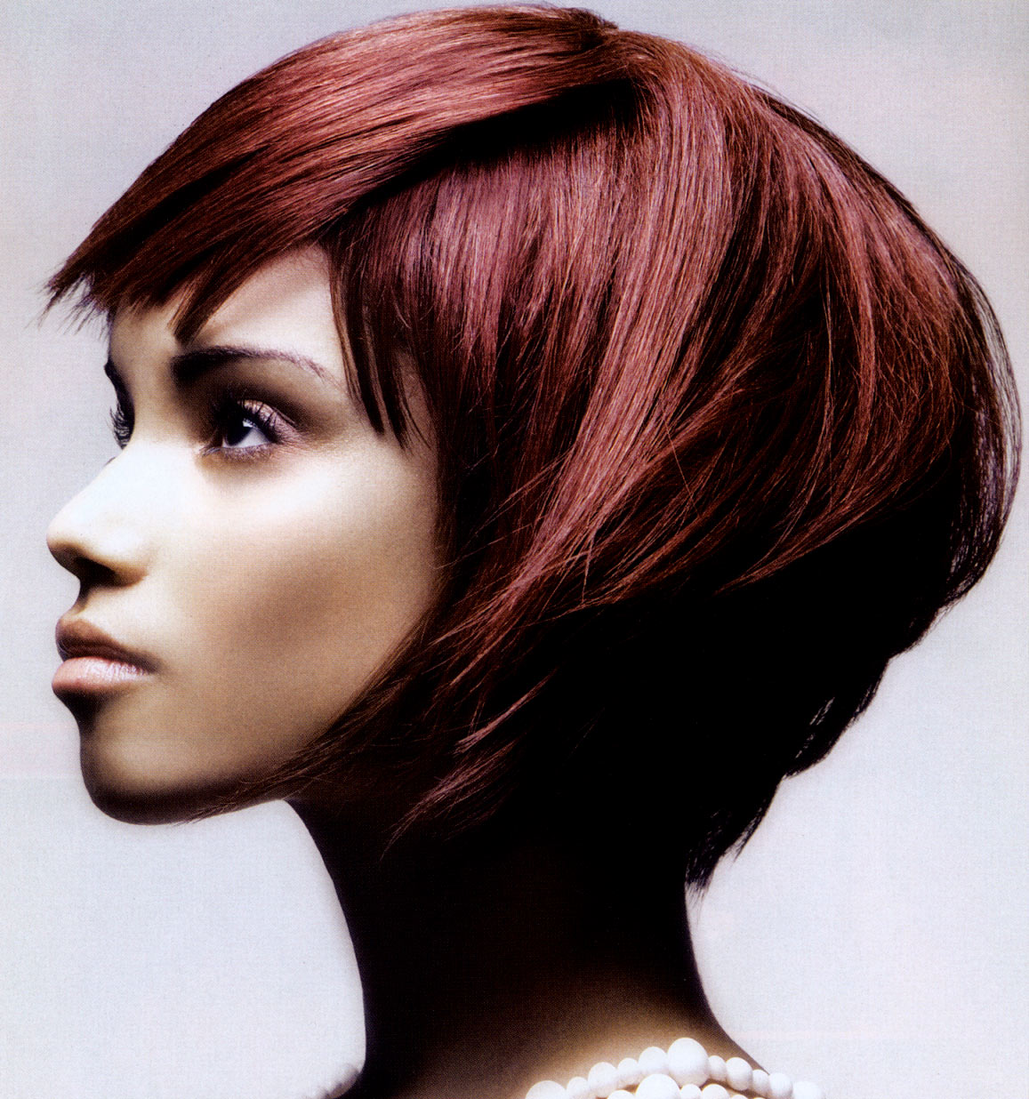 Trendy fryzury - Edwin Johnston. The Cutting Room Hair Design for Naha18, Nanaimo, Canada
