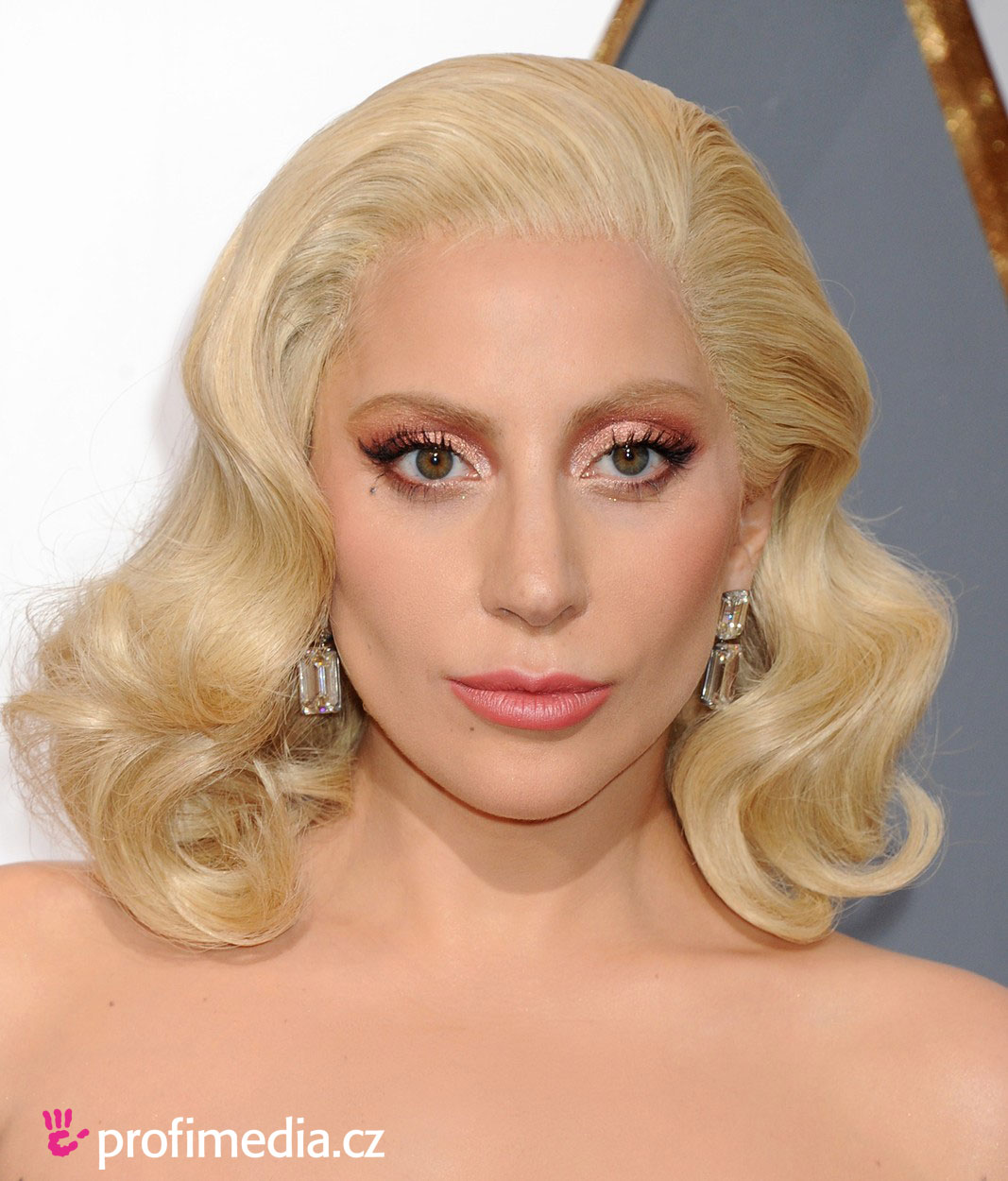 Lady Gaga Hairstyle Easyhairstyler