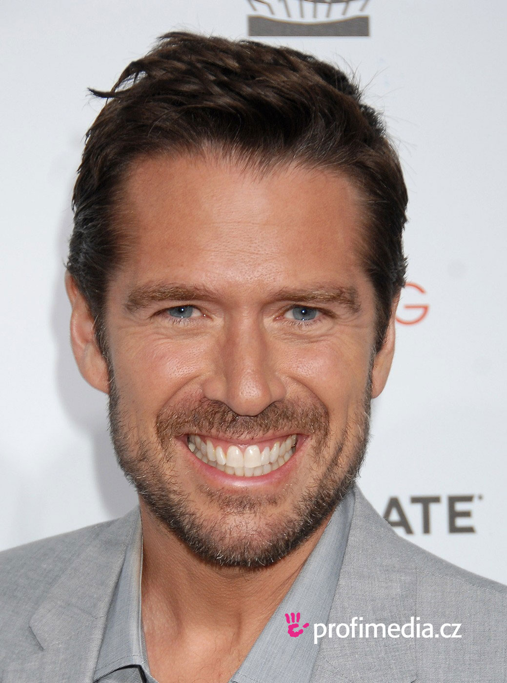 Alexis Denisof Hairstyle Easyhairstyler