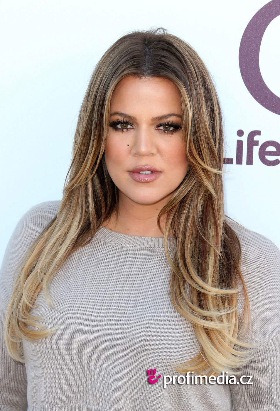 Khloe Kardashian Hairstyle Easyhairstyler