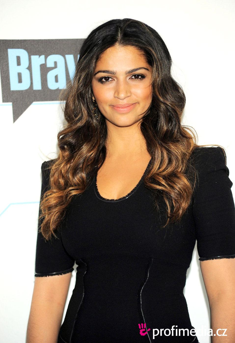 Camila Alves Hairstyle Easyhairstyler