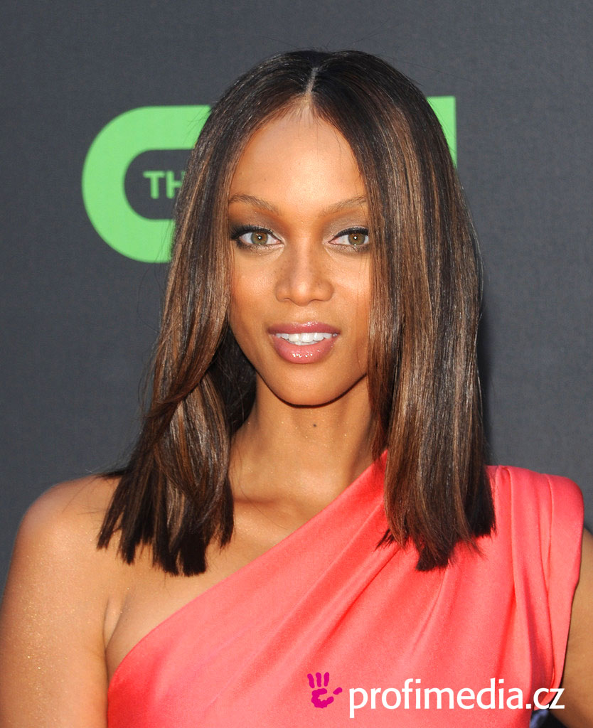 Tyra Banks Ponytail Hairstyles: EasyHairStyler