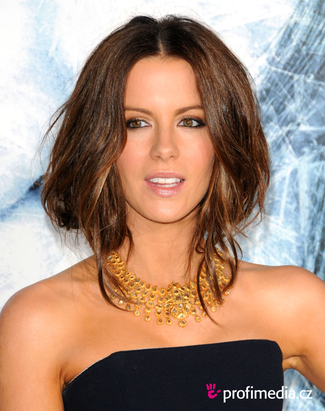 Kate Beckinsale Hairstyle Easyhairstyler