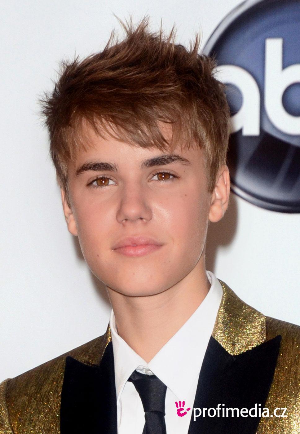 Fácil peinados de justin bieber Fotos de cortes de pelo estilo - Justin Bieber - peinado de