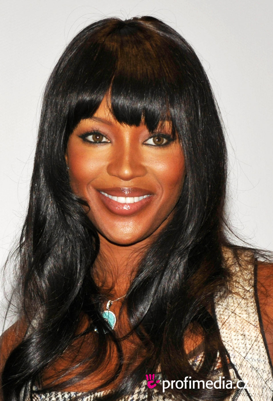 Naomi Campbell Hairstyle Easyhairstyler