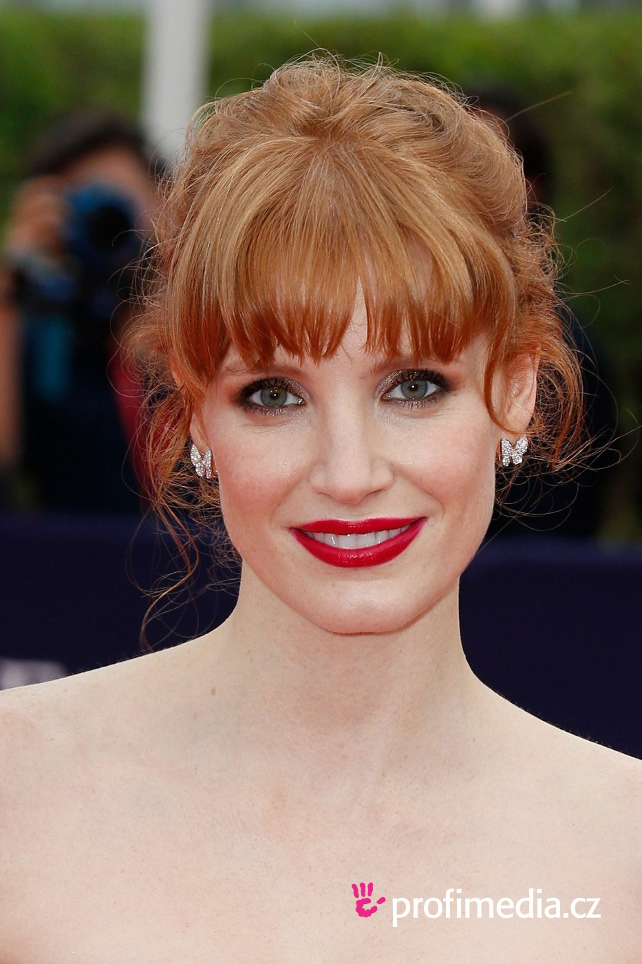 Jessica chastain coiffure happyhair for Miroir virtuel coiffure