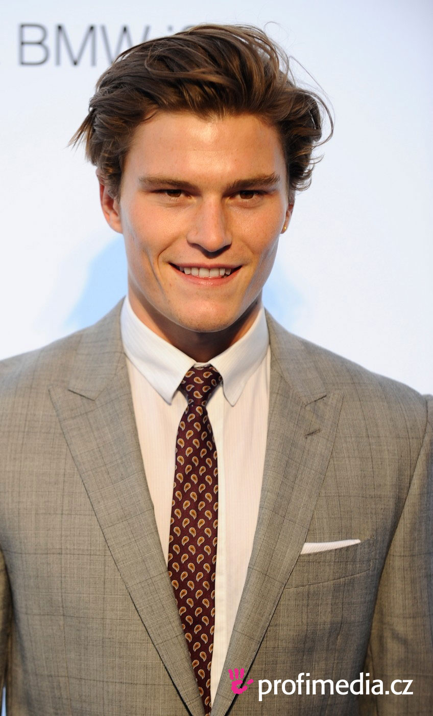 Oliver Cheshire Hairstyle Easyhairstyler