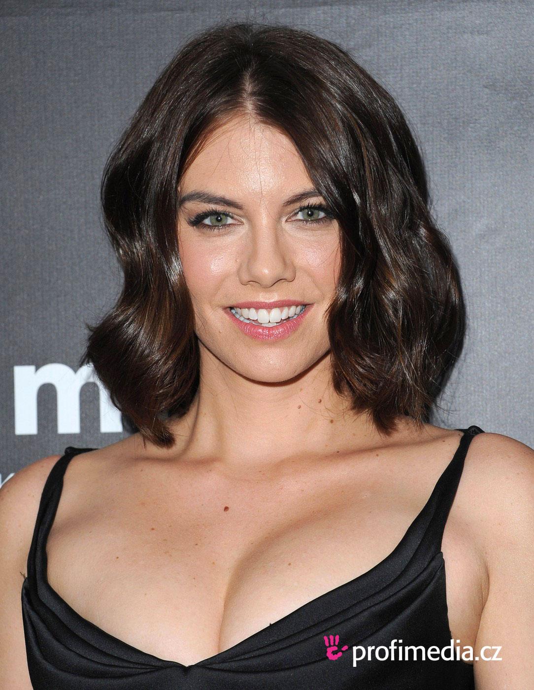 Lauren Cohan Hairstyle Easyhairstyler