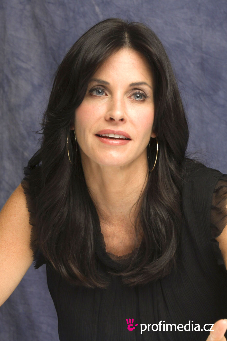 Courteney Cox Hairstyle Easyhairstyler
