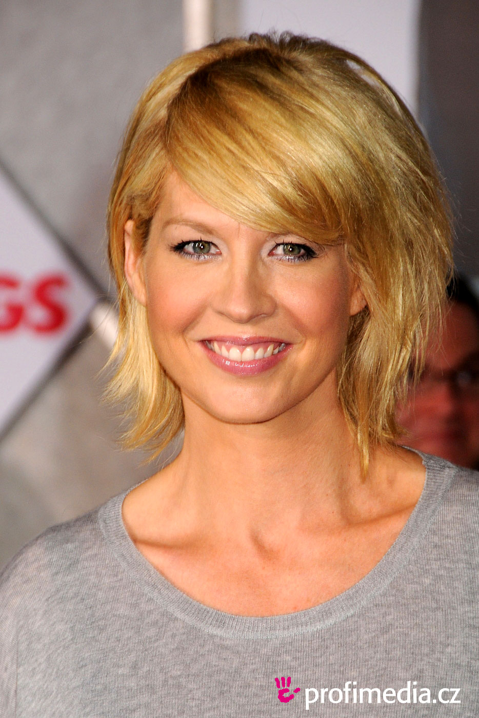 celebrity hairstyles jenna elfman | haircuts