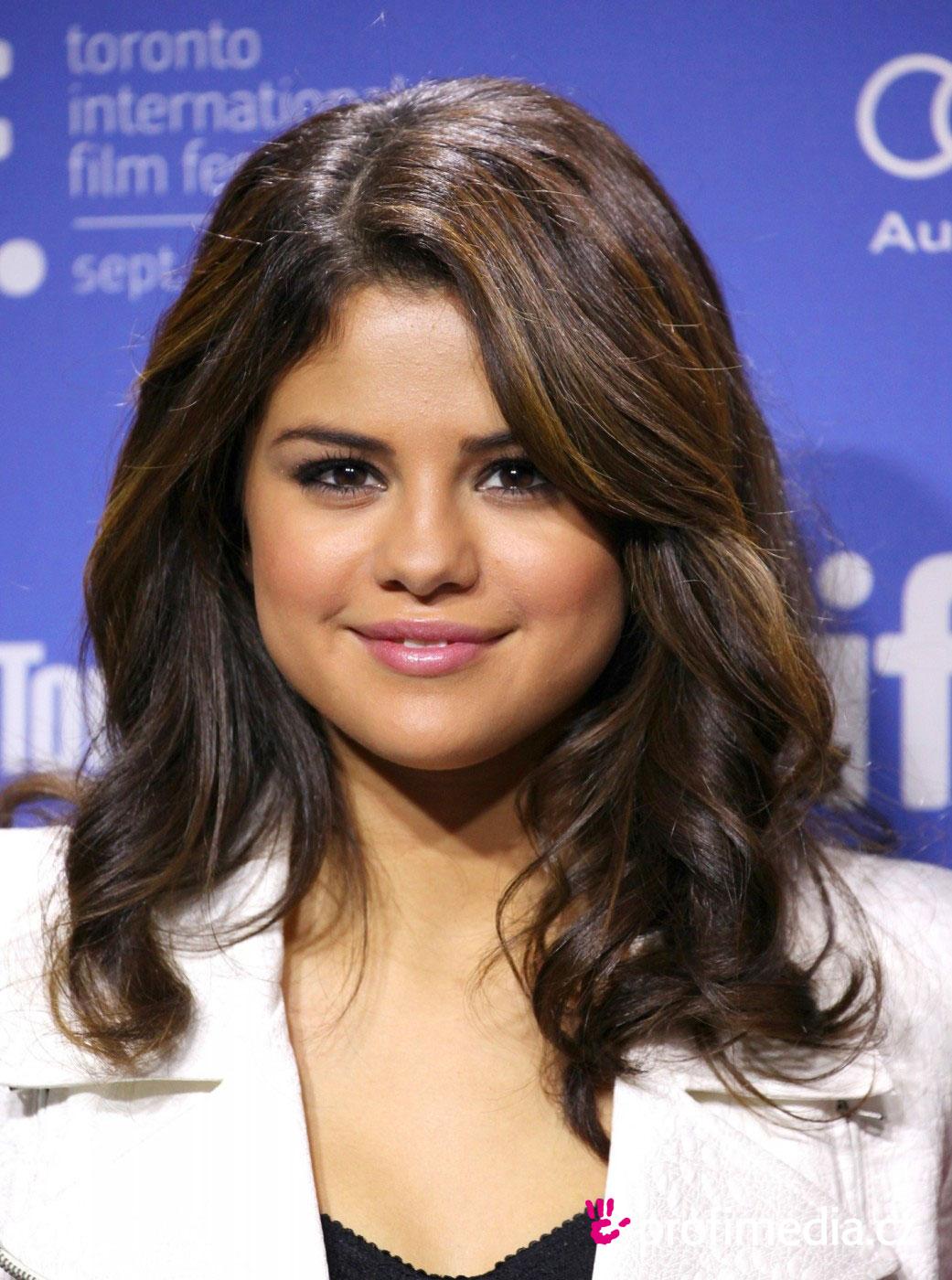 Selena Gomez Frisur Zum Ausprobieren In Efrisuren