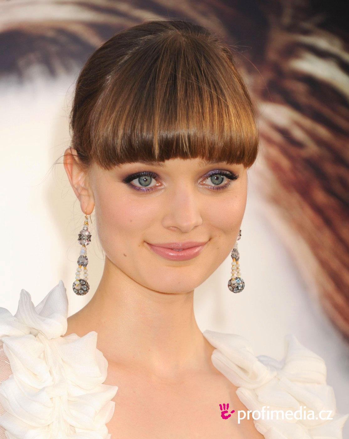 Bella Heathcote Hairstyle Easyhairstyler