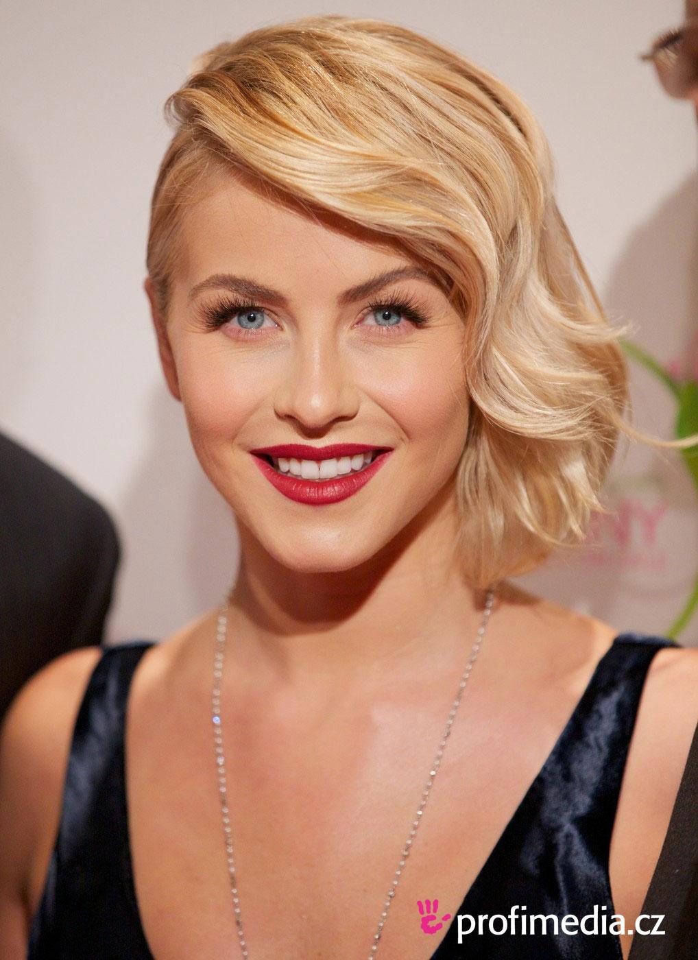 Julianne Hough Hairstyle Easyhairstyler