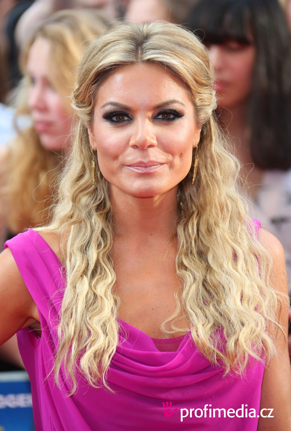 Charlotte Jackson Hairstyle Easyhairstyler