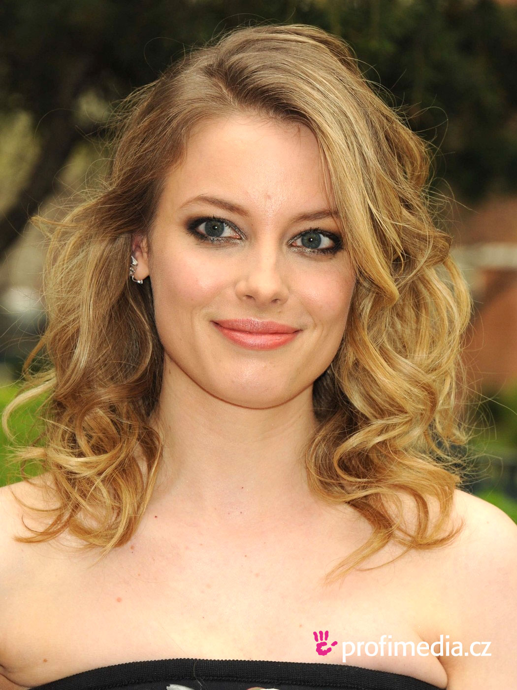 Gillian Jacobs Hairstyle Easyhairstyler