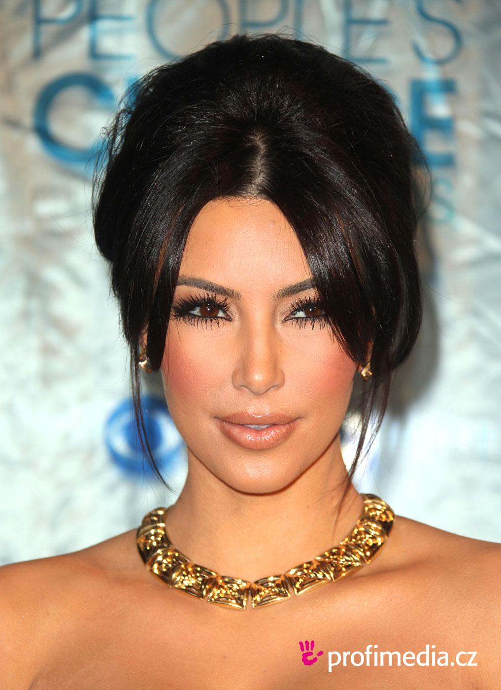 Kim Kardashian Peinado De