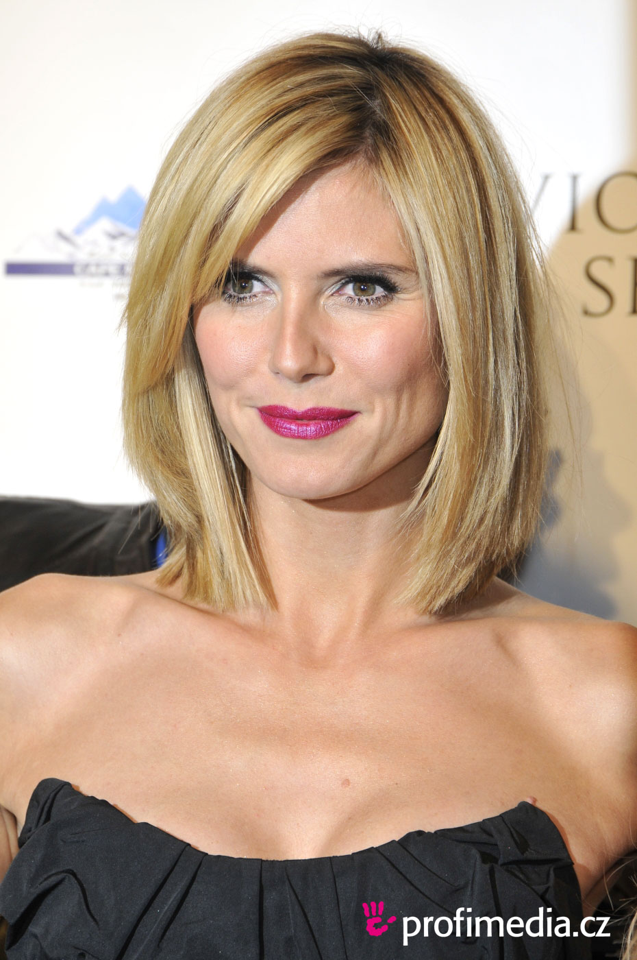 Heidi Klum - - hairsty...Short Bob Haircuts With Bangs 2014