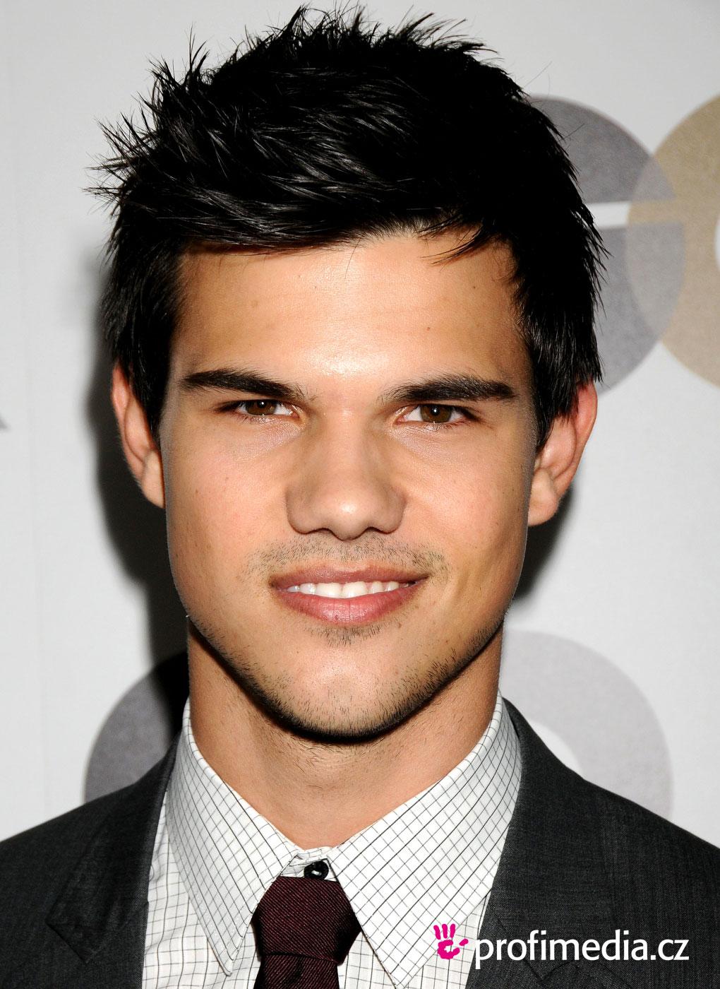 Taylor Lautner Peinado De