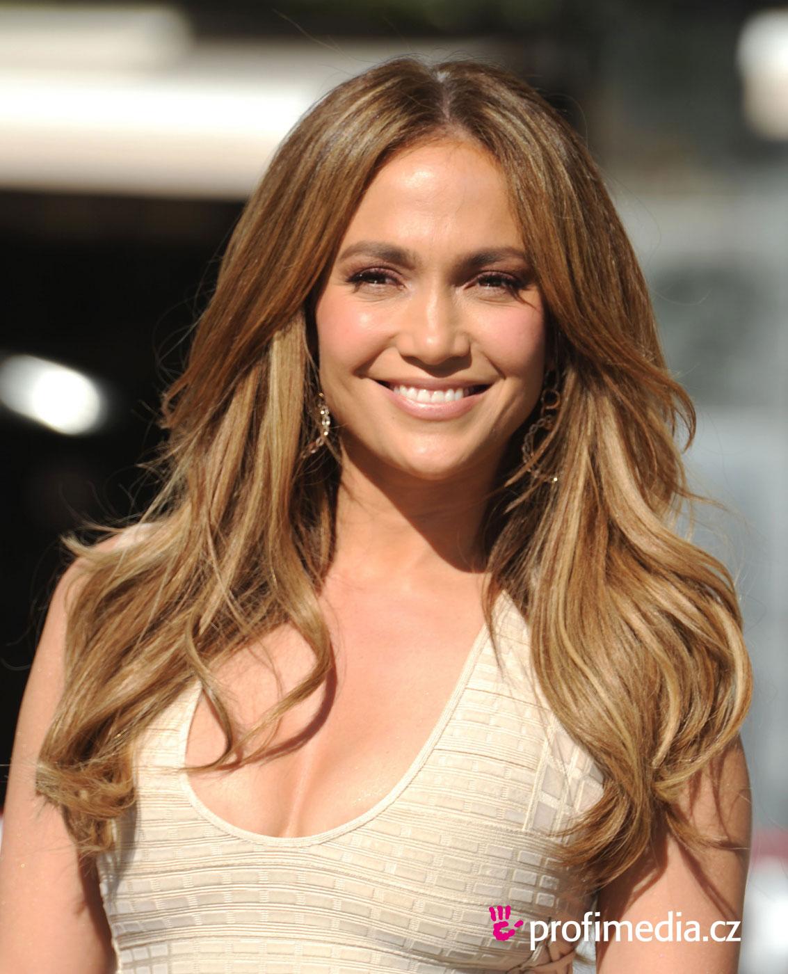 Jennifer Lopez - sztárfrizura - HappyHair Katie Holmes Haircut