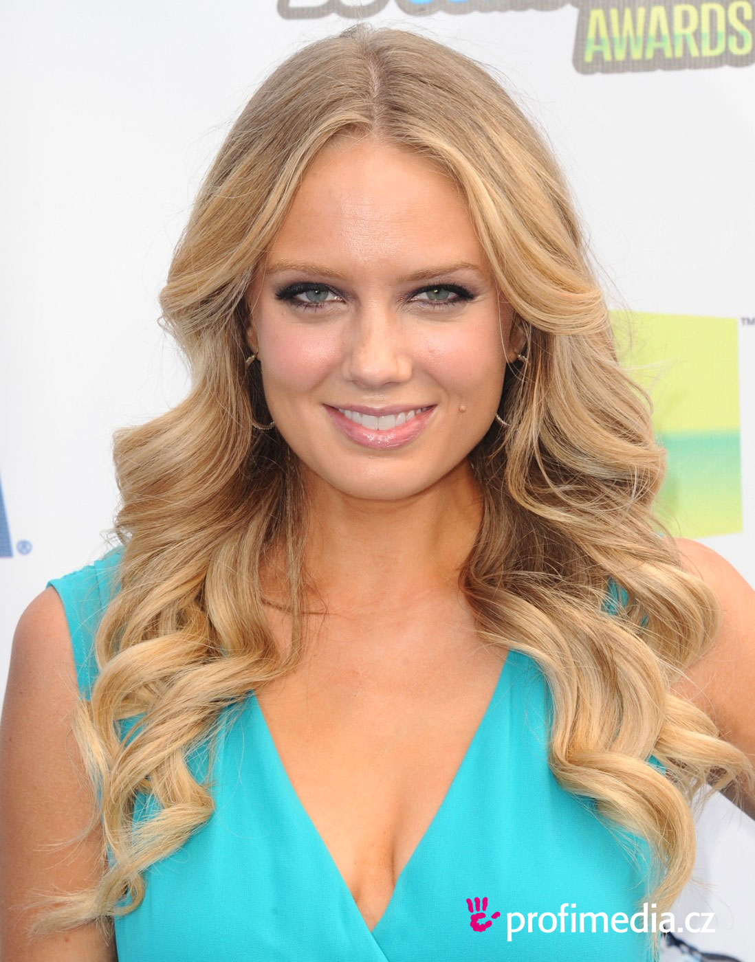 Melissa Ordway Hairstyle Easyhairstyler